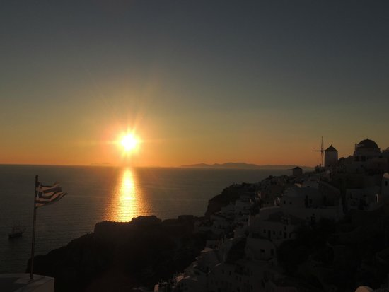 Byzantine Castle Ruins: View of Oia at sunset, from Castle