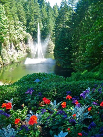 Butchart Gardens: waterfall in garden that used to be a quarry