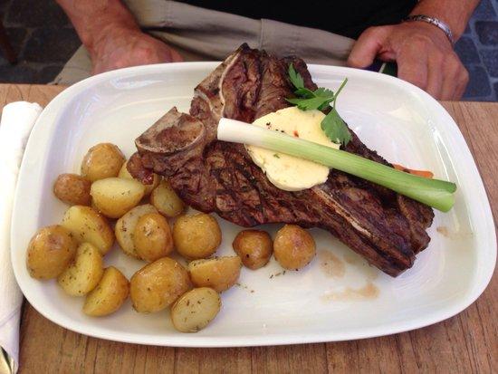 Nyhavns Hereford House : T-bone steak mit rosmarin kartoffeln