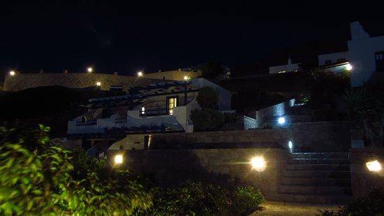 Psaravolada Resort: psaravolada by night