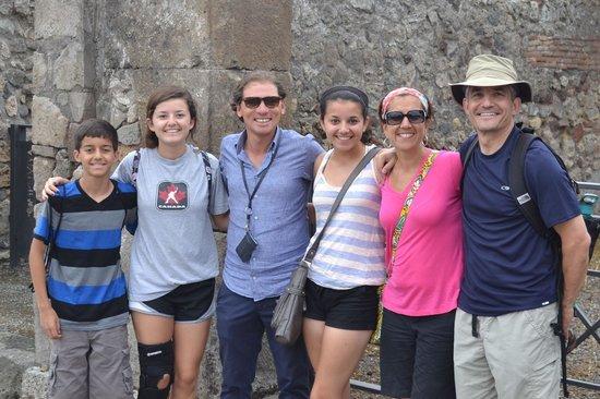 Tours Pompei: Sasha and the Family