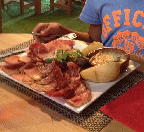 Les Orres, France : Assiette Montagnarde