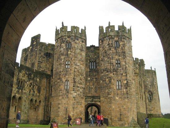 Viajar Por Escocia Tours en Español: Castillo de Alnwick