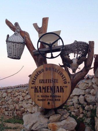 """Kamenjak : Great """"peka"""" dish"""