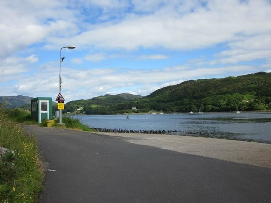 The Glenburn Hotel Ltd: ferry crossing from isle of Bute to Colintraive on mainland