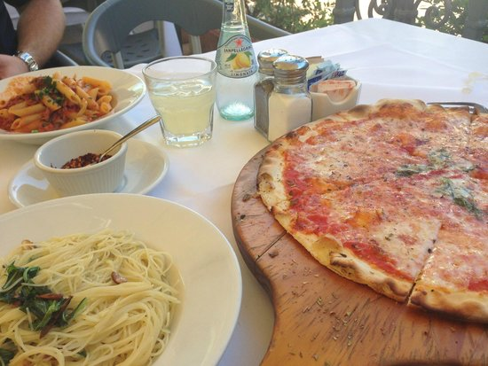 Photo of Italian Restaurant Via Vai Trattoria Pizzeria at 1483 E Valley Rd, Santa Barbara, CA 93108, United States