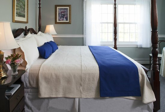 Wolf Cove Inn: Luxury linens and bedding await you in our new Acadia Suite.