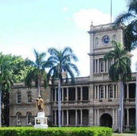Iolani Palace: Hawaii 5 O picture spot