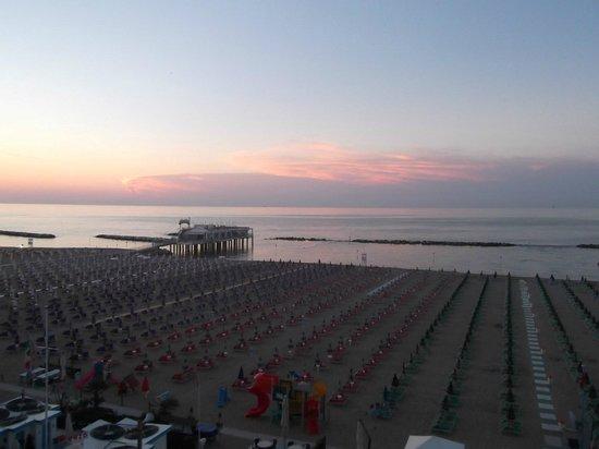 Hotel Resort Marinella : Dall'Hotel Marinella una splendida vista del tramonto di Gabicce