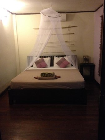Baan Manali Resort: Bed