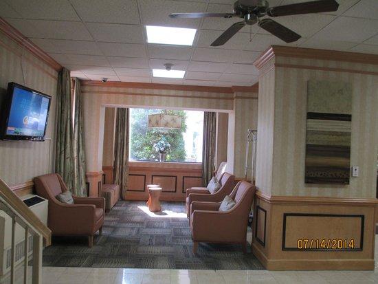 Comfort Inn Petersburg - Fort Lee: Lobby