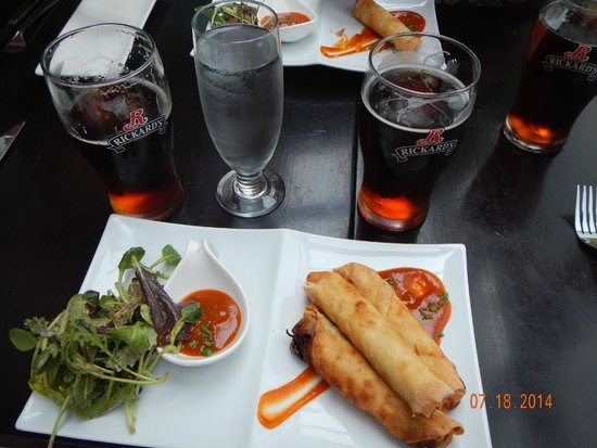 Muse : duck spring rolls