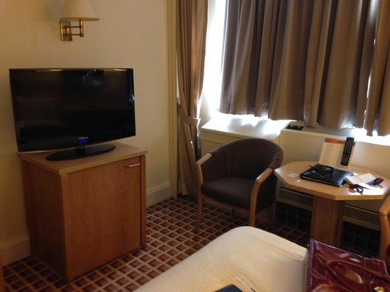 Copthorne Tara Hotel London Kensington : Standard room