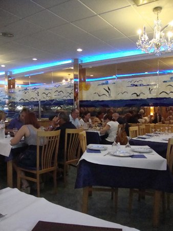 Freiduria Las Gaviotas : restaurant