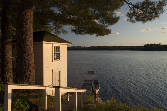 Wolf Cove Inn : We are right on Tripp Lake.  Grab some paddles and lifevests for free kayaking, canoeing and boa