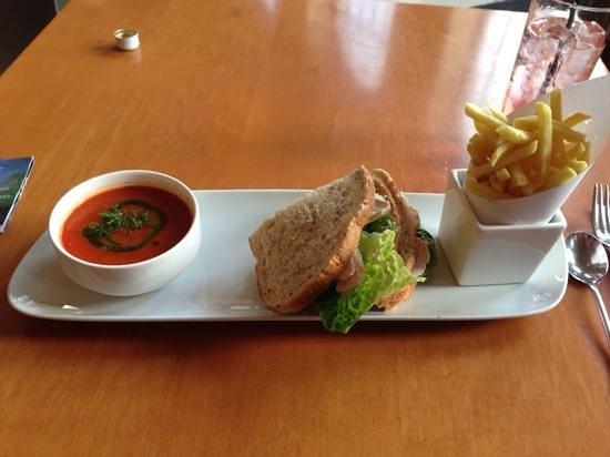 Radisson Blu Hotel, Leeds: light dinner