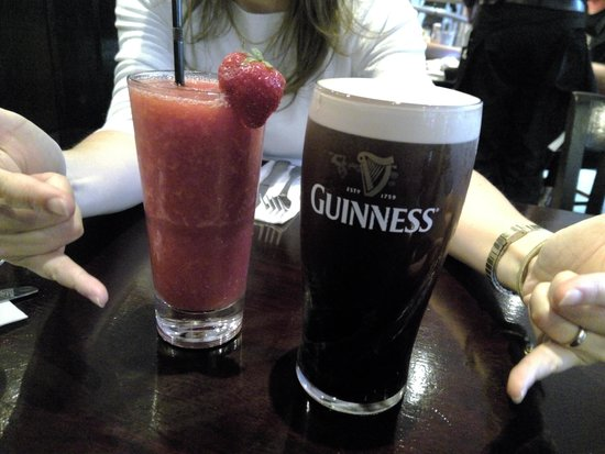 Hard Rock Cafe: a must have Guinness