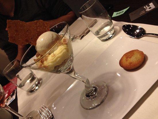 Renaissance Paris Le Parc Trocadero Hotel : Crémeux citron