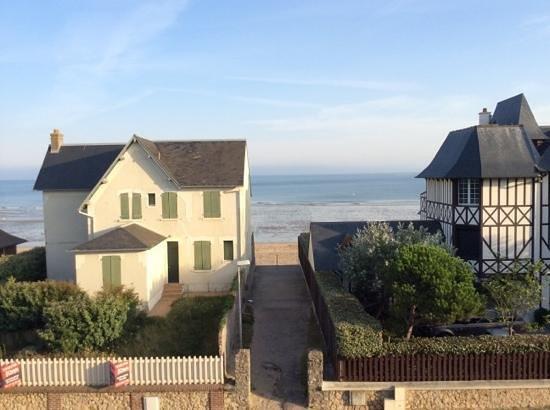 Hotel De La Mer: uitzicht vanuit onze kamer