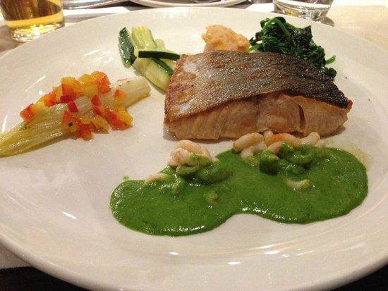 Restaurant De Roode Leeuw : salmone