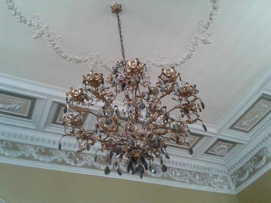 Hotel Miramare: Room ceiling