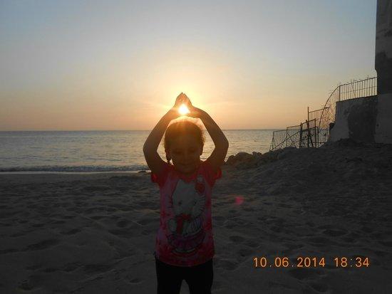 Sheraton Montazah Hotel: at the beach