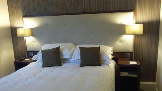 Best Western Plus Samlesbury Hotel: Contemporary Bedroom