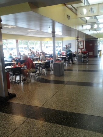 The Varsity Gwinnett: One of the Dining Rooms