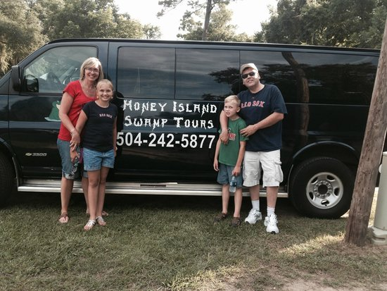Dr. Wagner's Honey Island Swamp Tours: AWESOME TIME