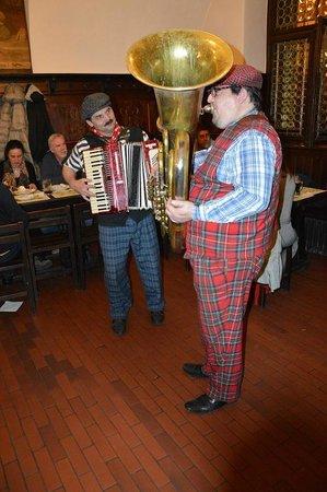 Restaurace U Fleku: Musicians playing tuba and accordion