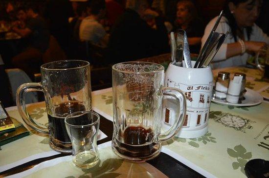 Restaurace U Fleku: Mugs