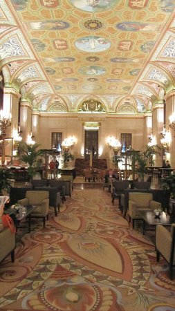 The Palmer House Hilton: internal 1