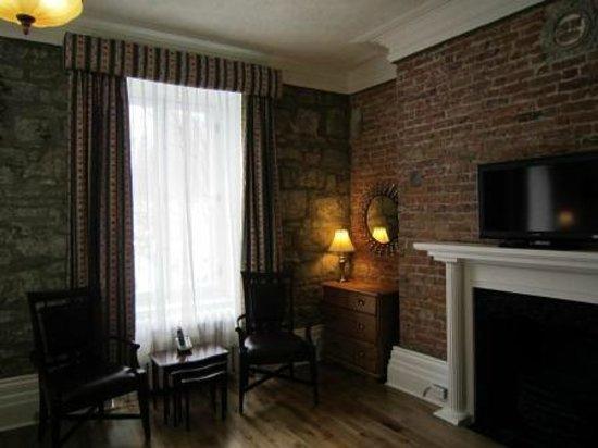 Manoir de L'Esplanade: Deluxe Room with Queen Bed