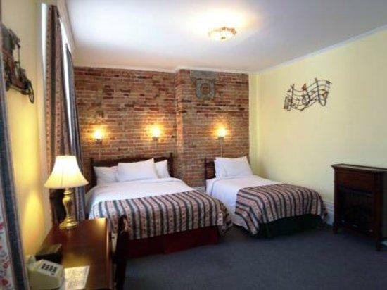Manoir de L'Esplanade: Superior Room with Queen Bed and Twin Bed (Triple Room)