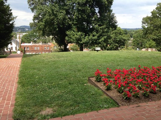 Frederick Douglass National Historic Site: view from the porch