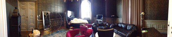 Comfort Hotel Grand Central: Konge suite . Fantastisk morsomt rom)