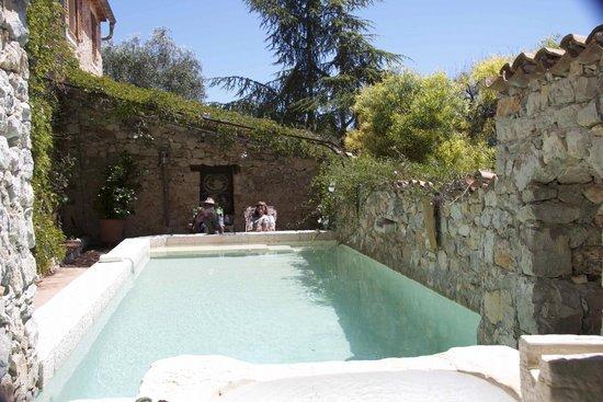 The pool at La Parare.