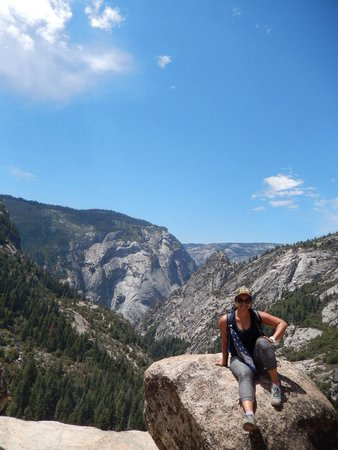 Nevada Falls Loop : So worth the trek..and the top of Nevada Fall