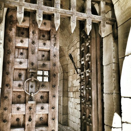 Castello di Amorosa: Open The Gates!!