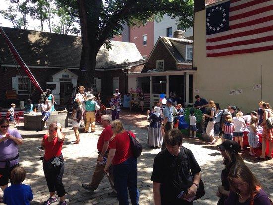 Betsy Ross House: Flag Fest 2014!