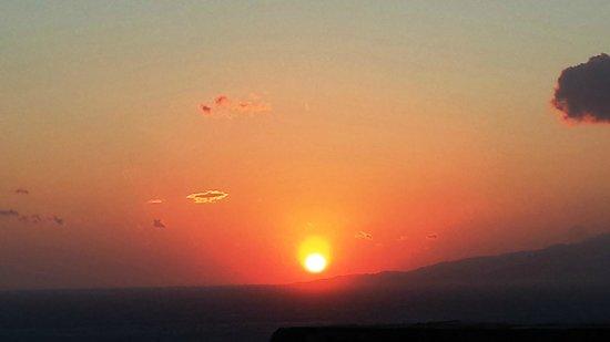 Hotel Tagoo: The sunset at Tagoo is stunning.