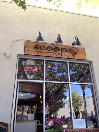Scoop Microcreamery