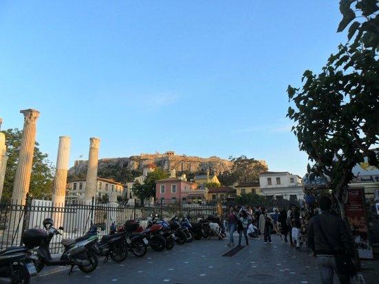 Ágora Romana e Acrópole vista da Praça Monastiraki