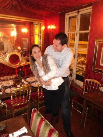 Au Vieux Paris d'Arcole : Romantic!