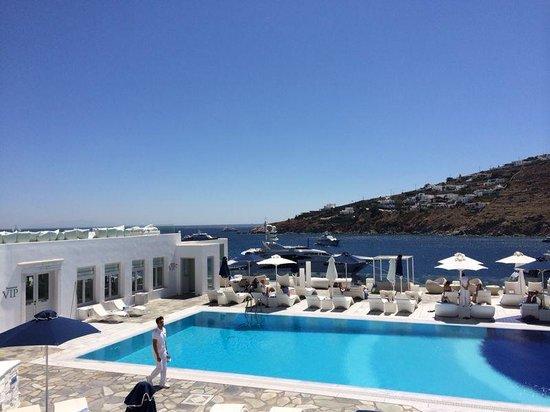 Petasos Beach Hotel & Spa: The Amazing Pool