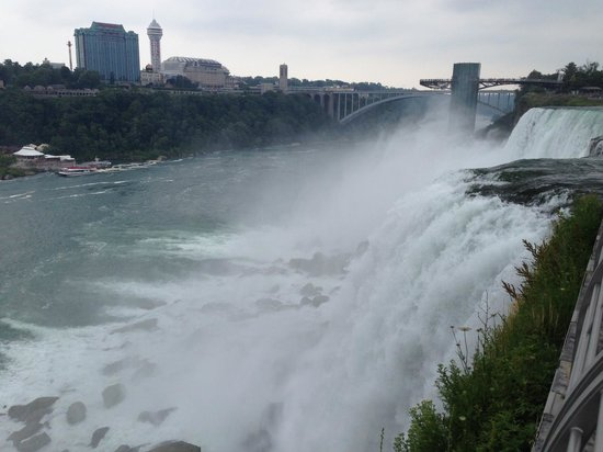 Quality Hotel & Suites At the Falls: View with a 10 minute walk from hotel
