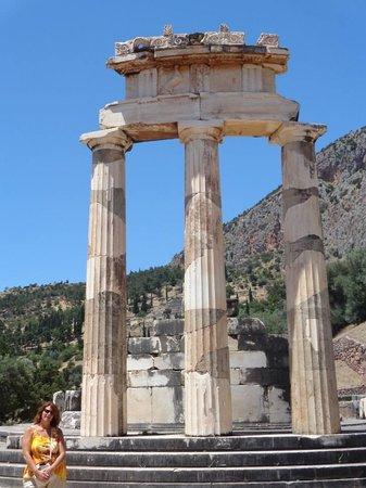 Spiros Taxi & Tours: Delphi