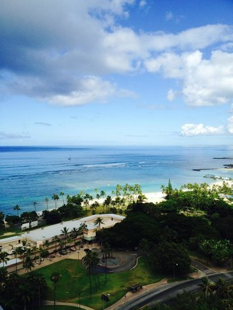 Trump International Hotel Waikiki: View from the 25th Floor