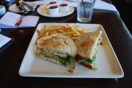 Bistro Boudin : Dungeness Crab Cake Sandwich(Fantastic)