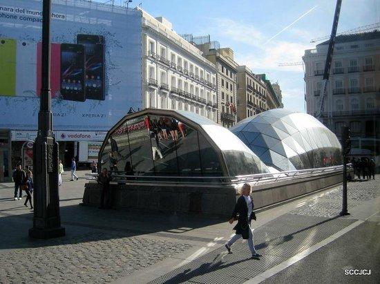 Puerta del Sol : The metro station